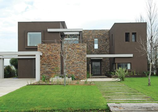 Fachadas de casas minimalistas modernas y de dos pisos for Piedras para fachadas minimalistas